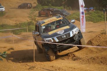 Nissan Navara - Khác biệt đến từ Công nghệ
